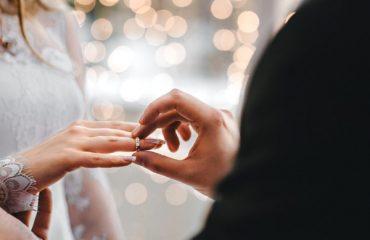 Evlenme Teklifi Yaparken Fotoğraf Çekimi